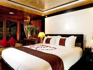 Valentine Cruise 3 Days 2 Nights