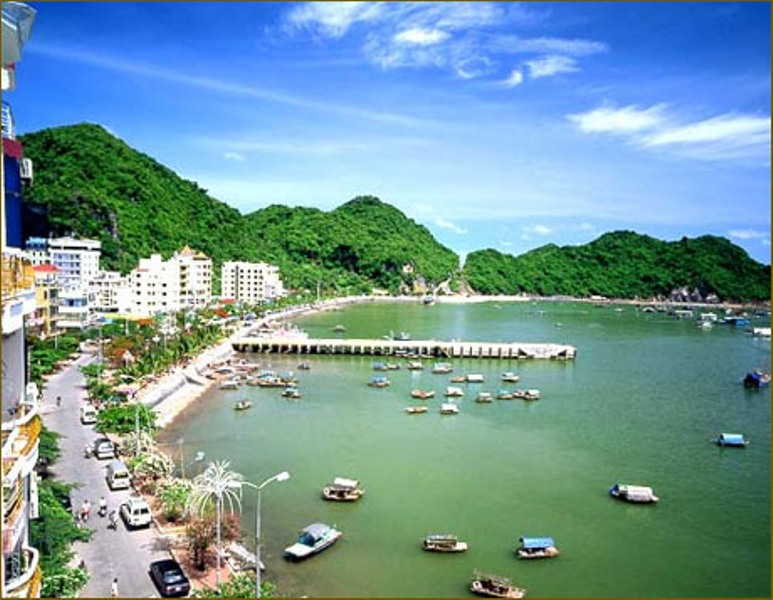 Halong Bay - Catba Island 2 days 1 night (overnight at the hotel in Cat Ba Island)
