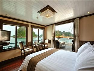 Paradise Cruises 2 Days 1 Night