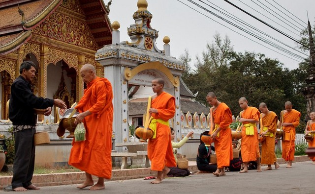 Ancient Luang Phrabang 3 Days 2 Nights